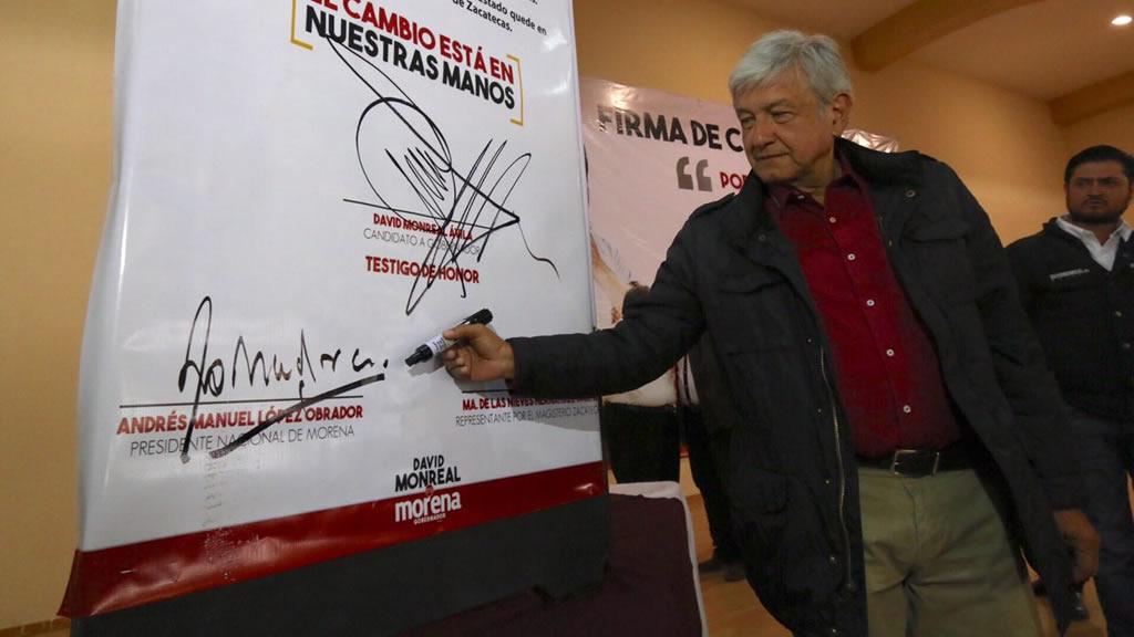 Los secretos de la firma de Andrés Manuel López Obrador