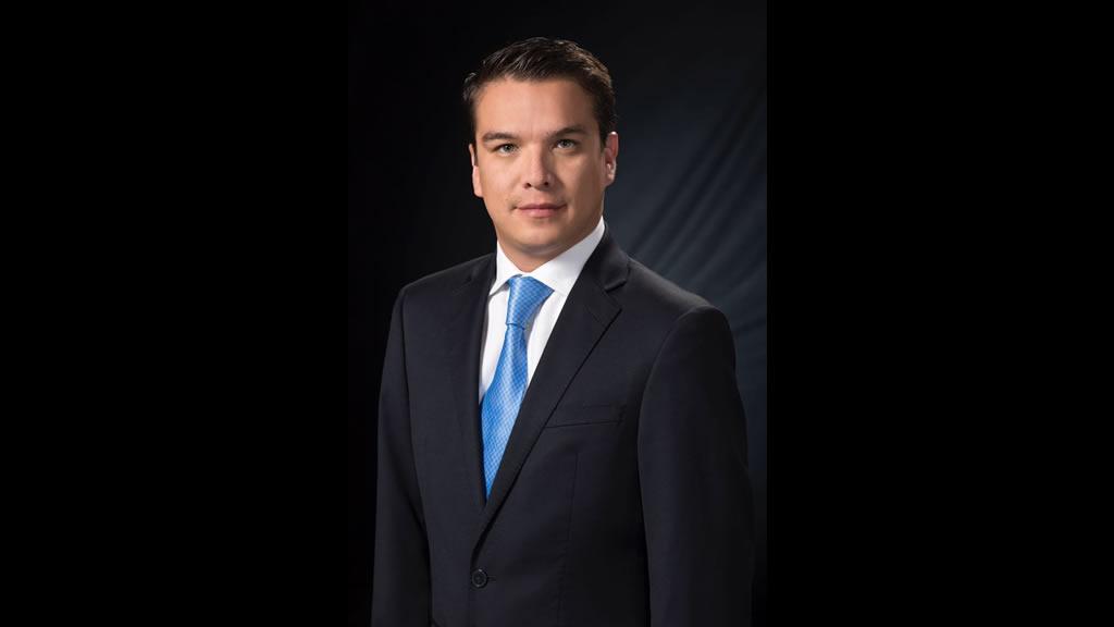 33 datos que deberíamos saber de Gerardo Islas