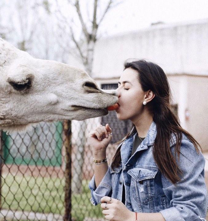 beso de Nicole 5
