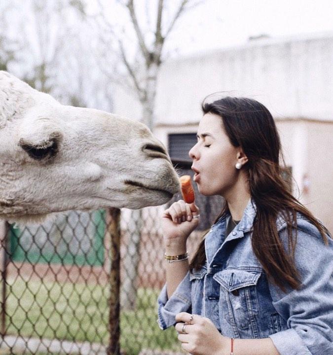 beso de Nicole 6