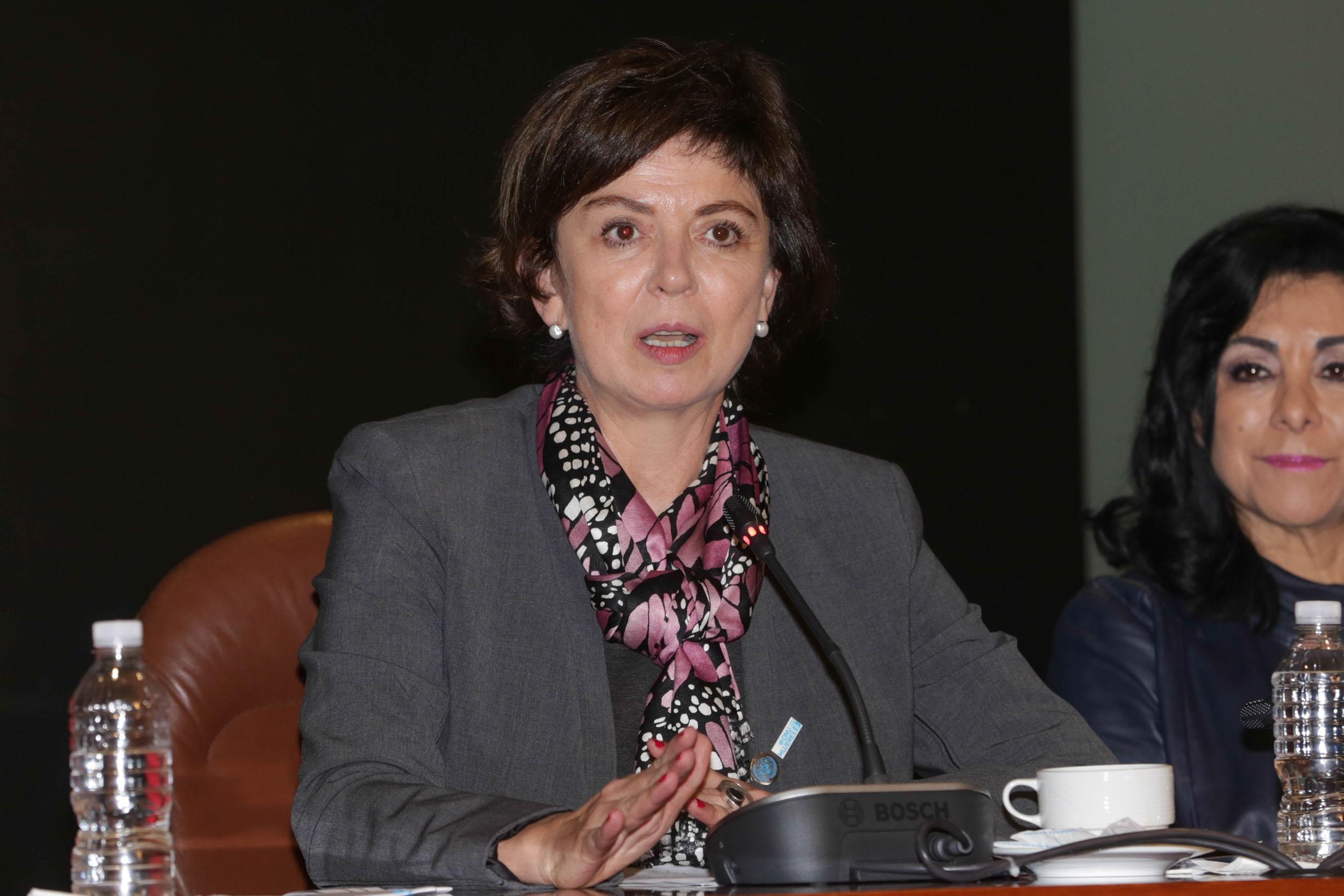 Ana Guezmes 9