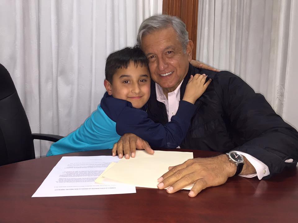 papa Andres Manuel 3