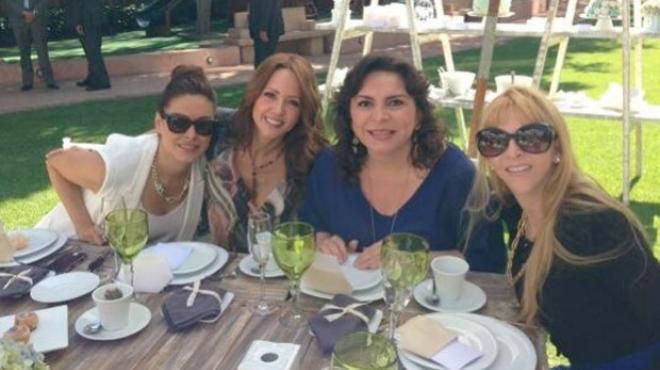 Ortega con los famosos 7