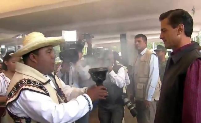 Pena Nieto recibe una limpia 3