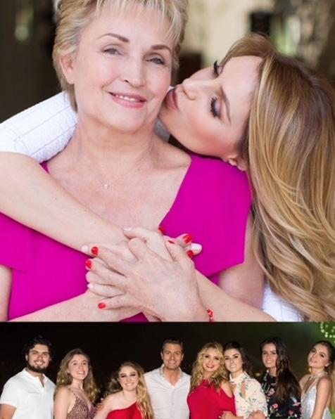 politicas y politicos a sus mamas 7