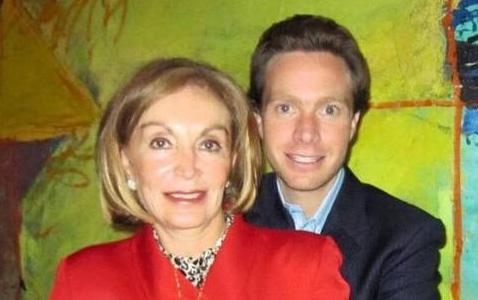 politicas y politicos a sus mamas 19