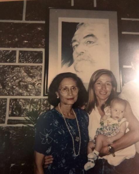 politicas y politicos a sus mamas 22