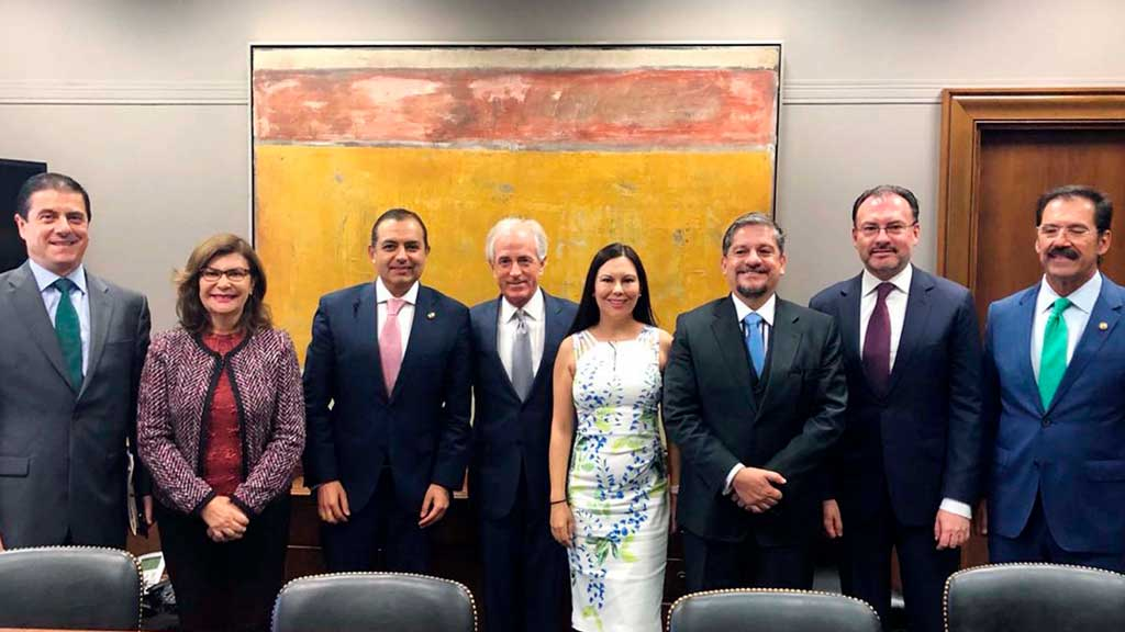 El Congreso de México indignado por la política de Donald Trump