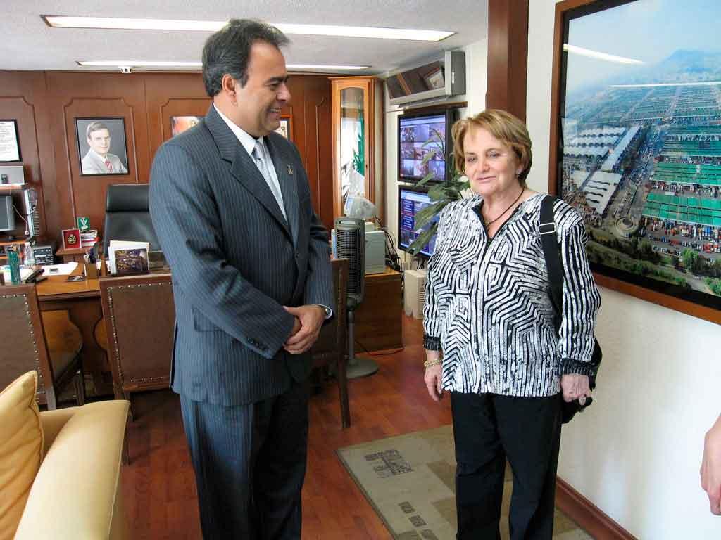 Raymundo y Maria Antonieta Collins 5