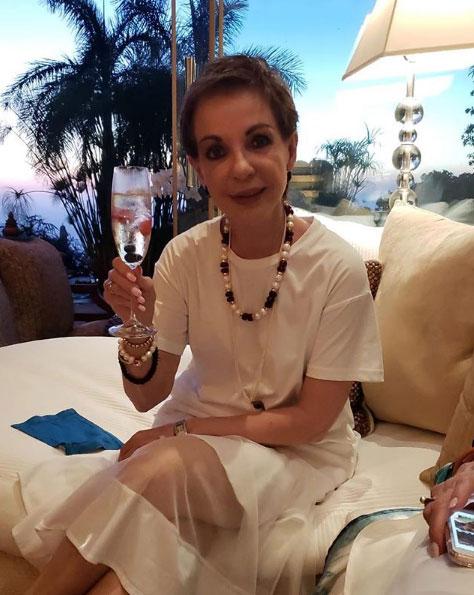 Marta Sahagun en traje de bano 6