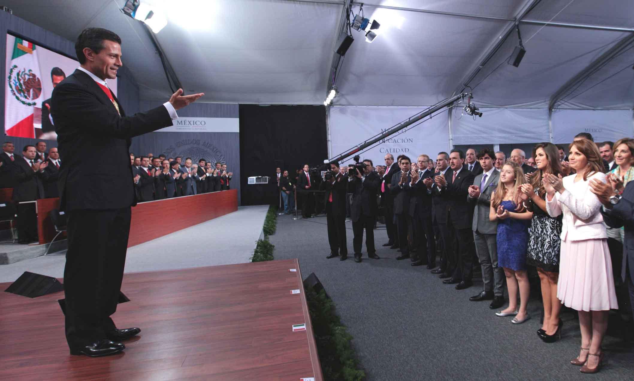 Angelica Rivera en los Informes de Gobierno 2013