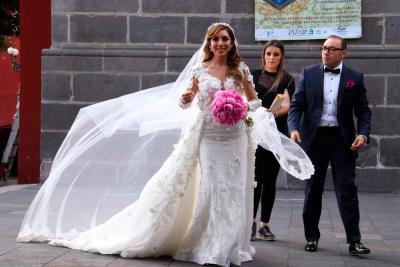 vestido de novia de Dulce Maria 5