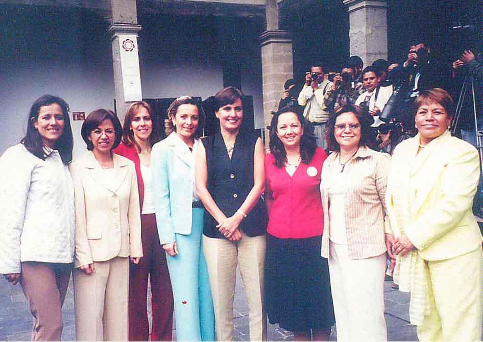 personal de Patricia Mercado 12
