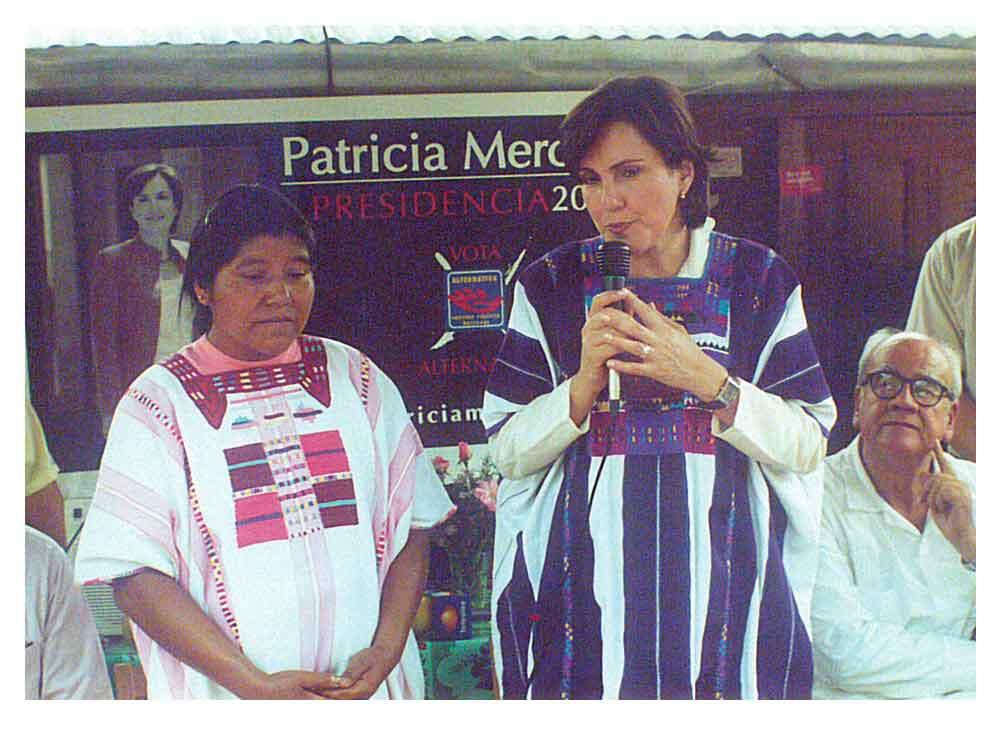 personal de Patricia Mercado 13