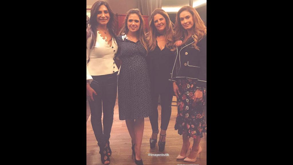 Christelle Castañón asiste al baby shower de María Aliaga