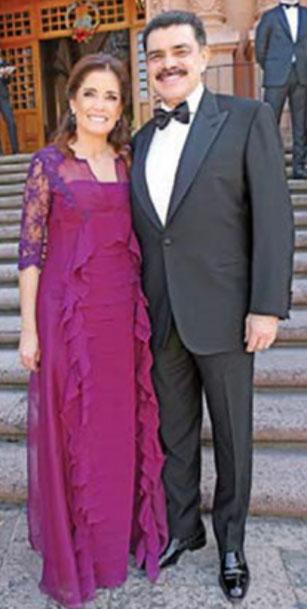 Perla Ealy y Rogelio Cardenas 33