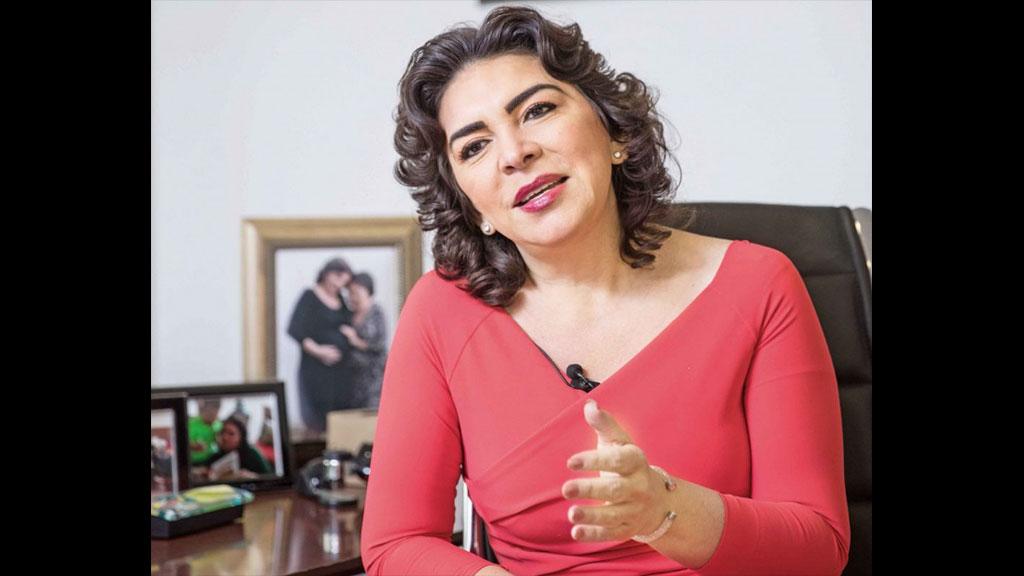 Ivonne Ortega reaparece, pretende ser presidenta del PRI
