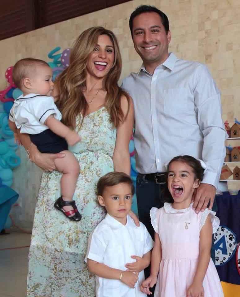 Familia los politicos 5