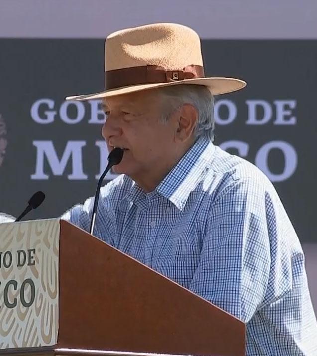 sombrero de Andres Manuel 3