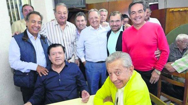 Lopez Obrador bautiza 5