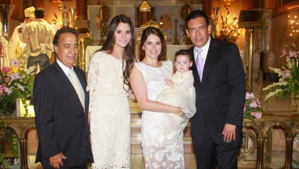 Lopez Obrador bautiza 6