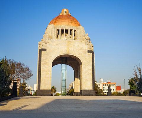 Explora el Museo Nacional y el Monumento de la Revolución Mexicana