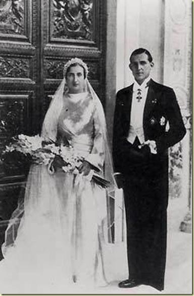 Los padres de Juan Carlos el día de su boda. FOTO: Dinastiasreales.blogspot