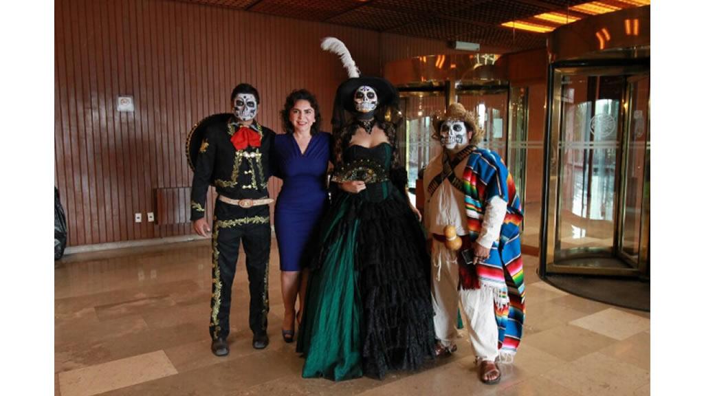 Ivonne Ortega preserva tradiciones ancestrales
