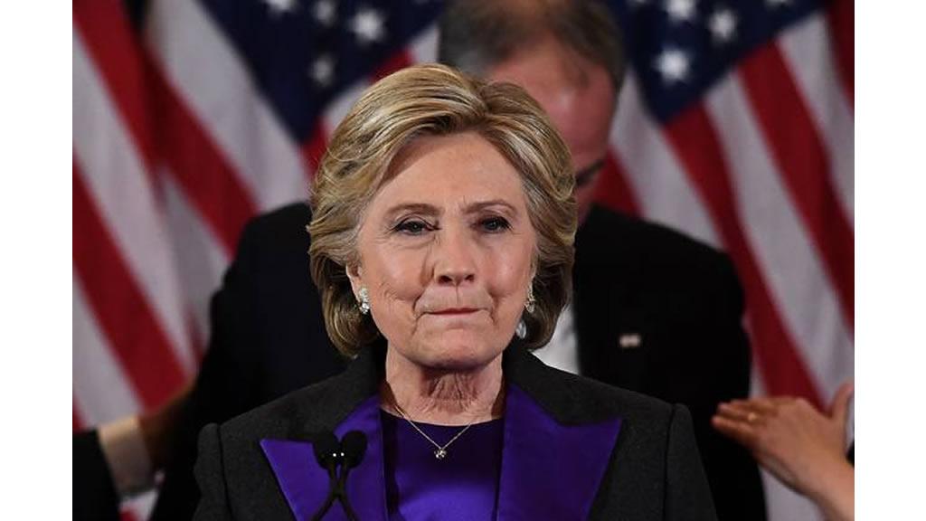 Hillary Clinton acepta derrota