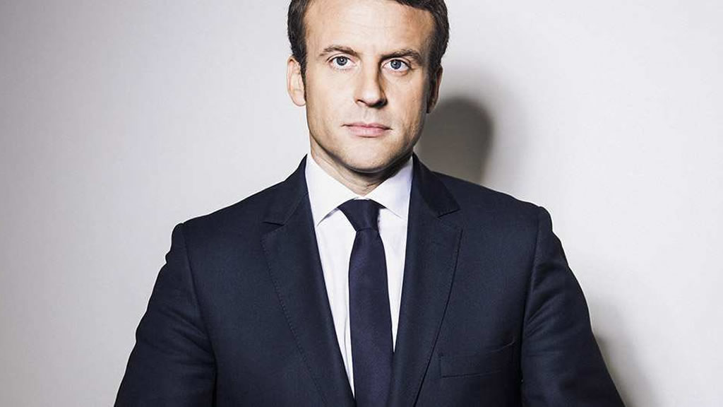 Emmanuel Macron y el traje del poder