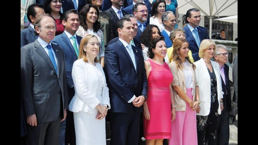 Los 40 años de relaciones diplomáticas entre México y España