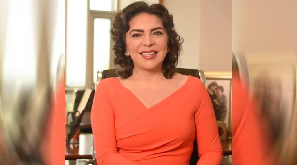 Ivonne Ortega y sus fotos con intelectuales