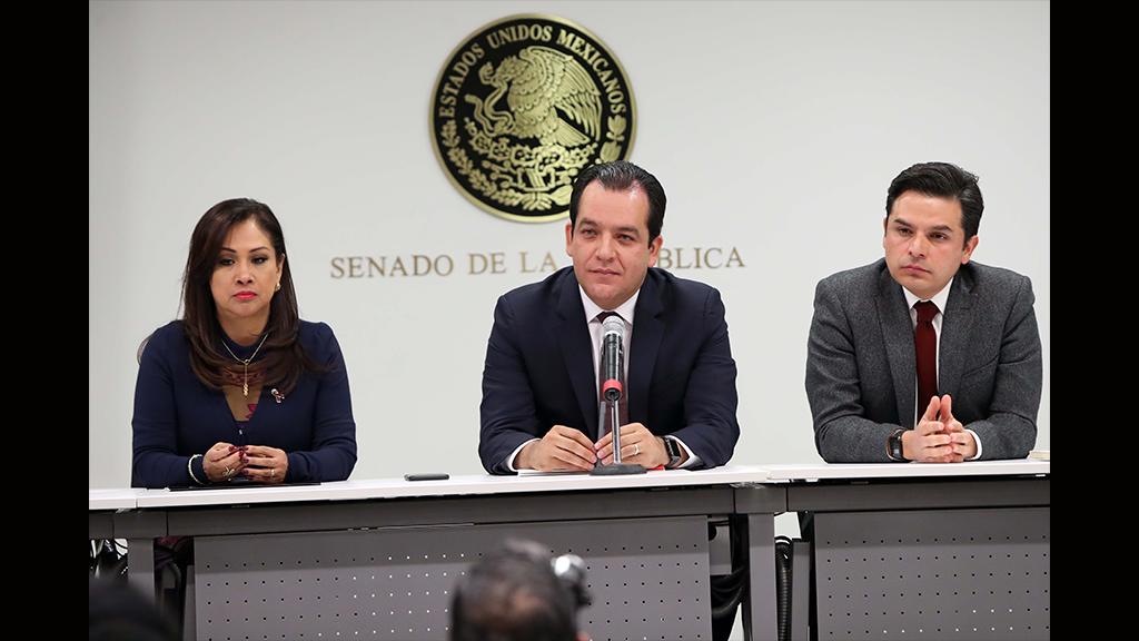A quién le otorgó el Senado la Medalla Belisario Domínguez