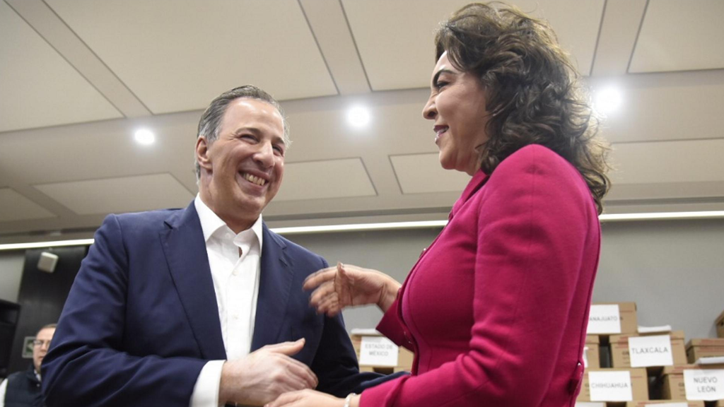 Ivonne Ortega se suma a José Antonio Meade