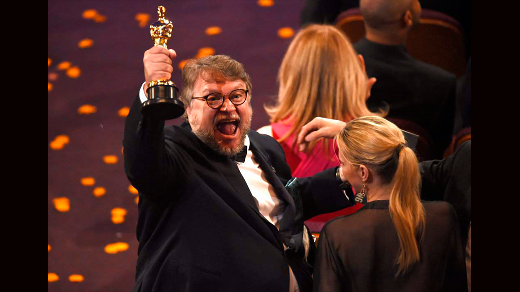 Así reaccionaron los políticos con el triunfo de Guillermo del Toro