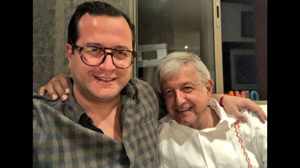 José Ramón López Beltrán felicita a su papá