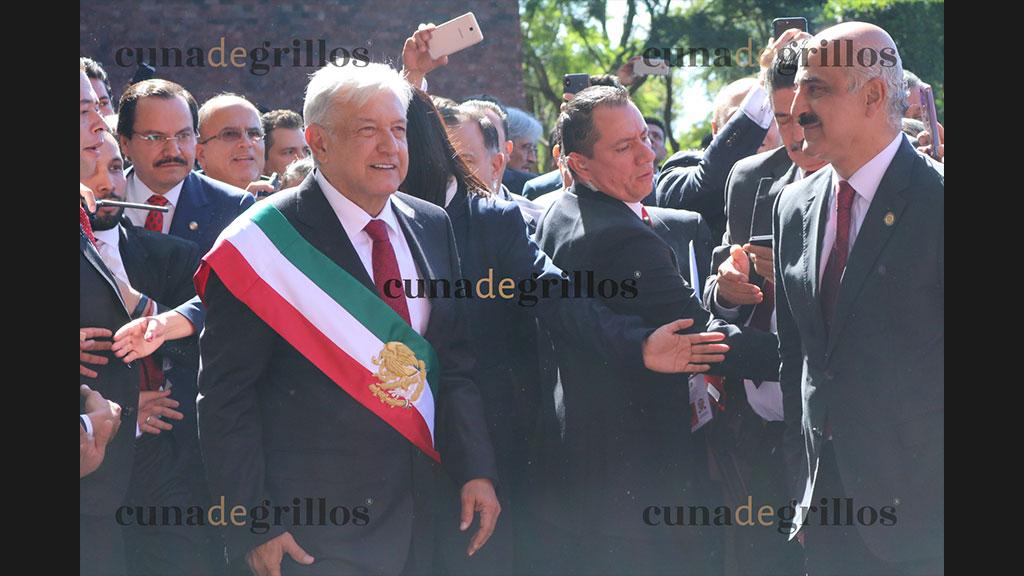 Asistentes a la toma de protesta de Andrés Manuel López Obrador
