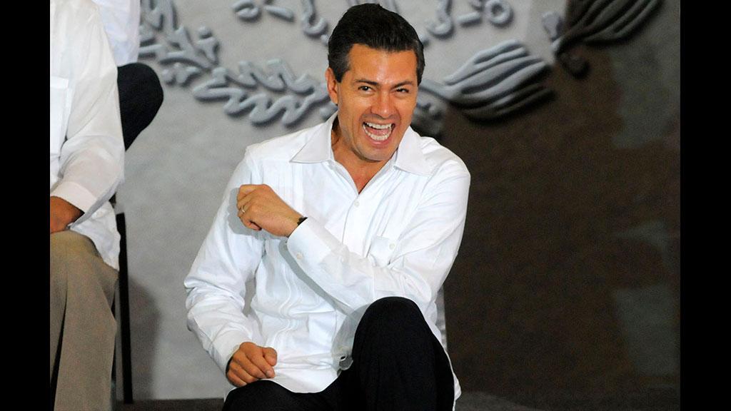 Enrique Peña Nieto reaparece a 14 días de dejar Los Pinos
