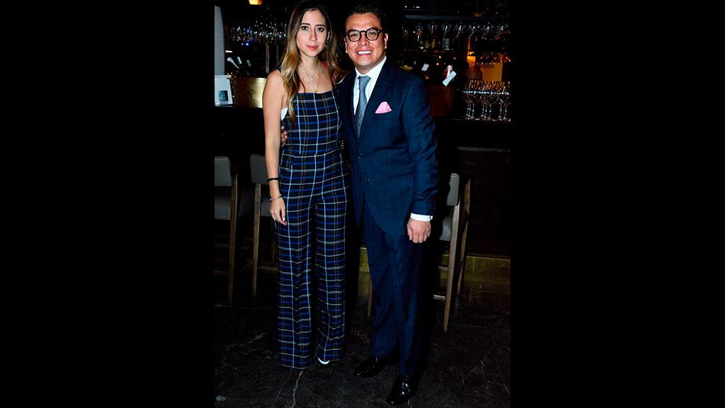 Gerardo Islas estrena noviazgo con Fernanda Espíritu