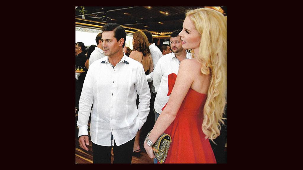 Enrique Peña Nieto y Tania Ruiz asisten juntos a una boda