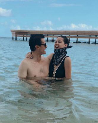 Enrique Pena Nieto de vacaciones en la playa