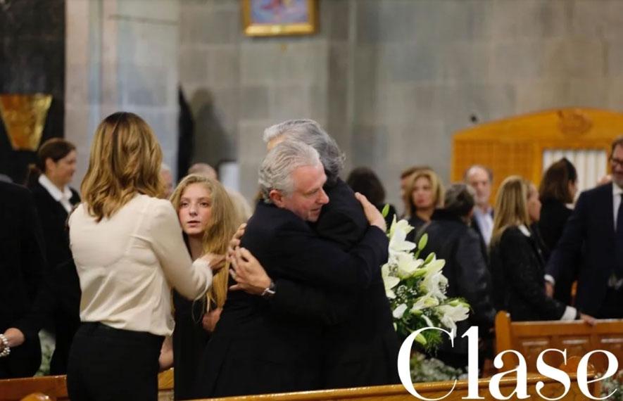 Santiago Creel acompañó a su hija