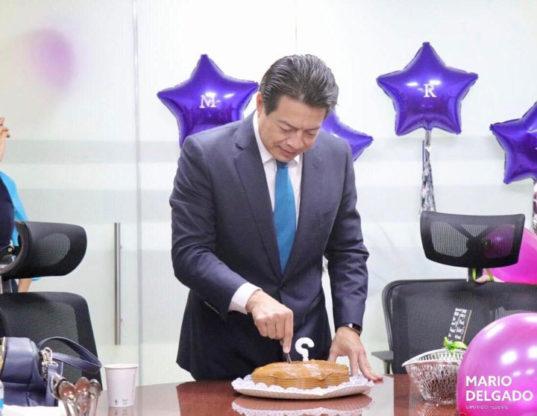 pastel al que la clase política