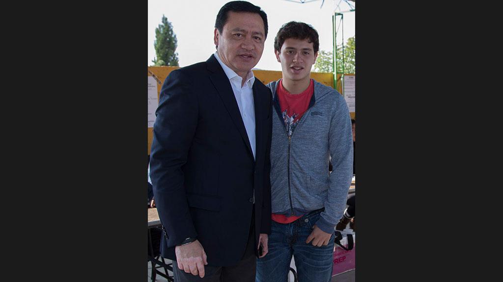Así festejó Miguel Ángel Osorio Chong el cumpleaños de su hijo