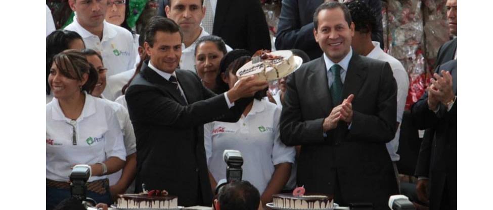 Eruviel Ávila festeja al presidente Peña Nieto