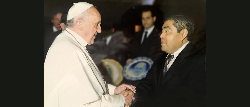Miguel Barbosa visita al Papa Francisco