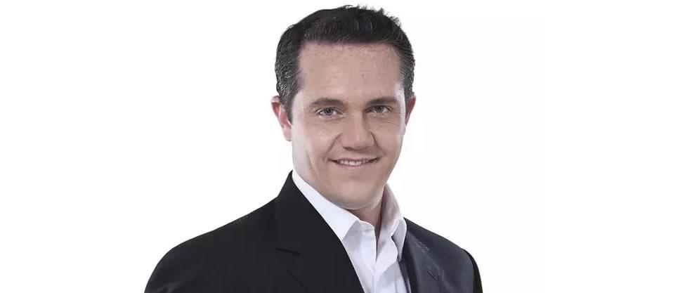 Adrián Rubalcava y su relación con los Salinas