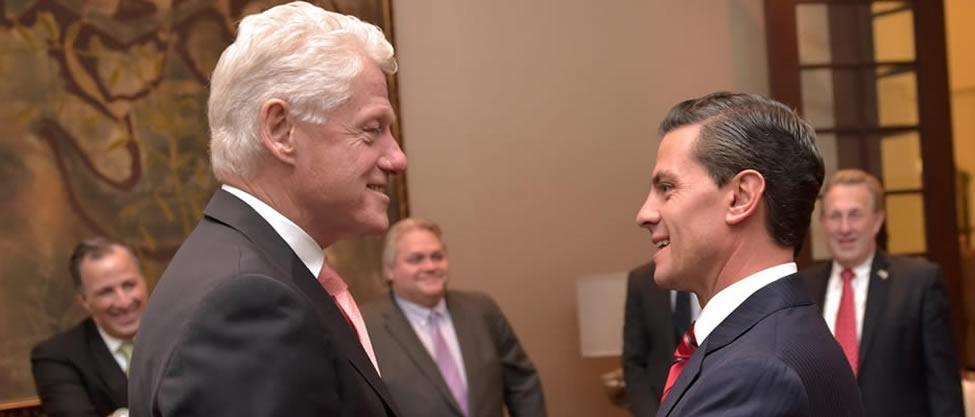 Bill Clinton visita Los Pinos