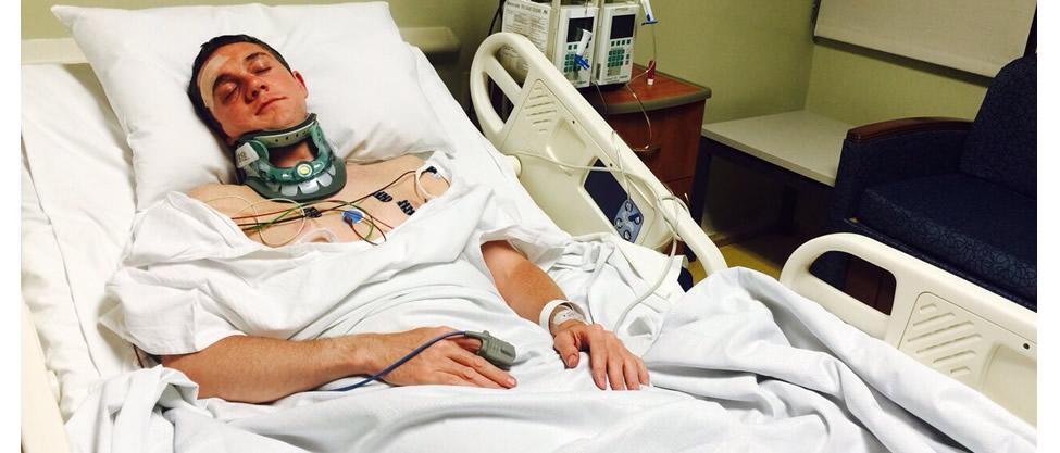 Adrián Rubalcava en el hospital tras encuentro entre priistas y perredistas.