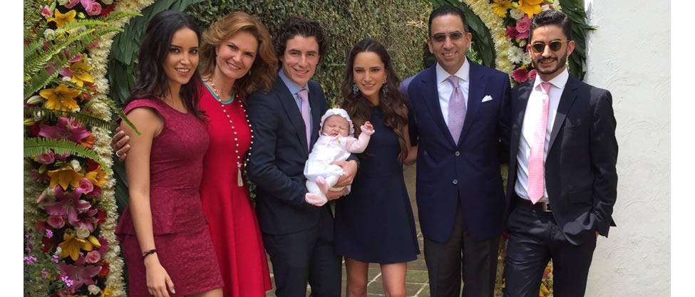 El bautizo de la nieta de Javier Lozano